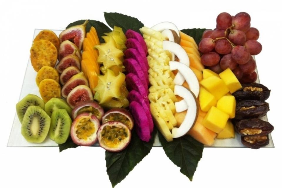 מגש פירות אקזוטיקה בזכוכית