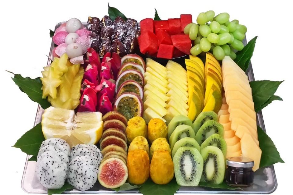 מגש פירות אהבה בריבוע גדול