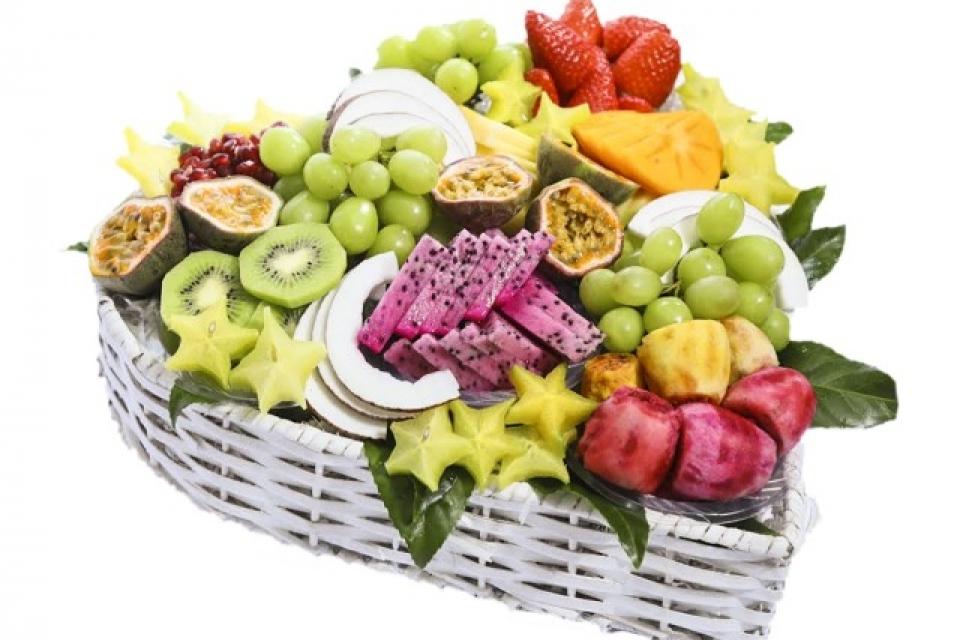סלסלת פירות לבבית ליום המשפחה