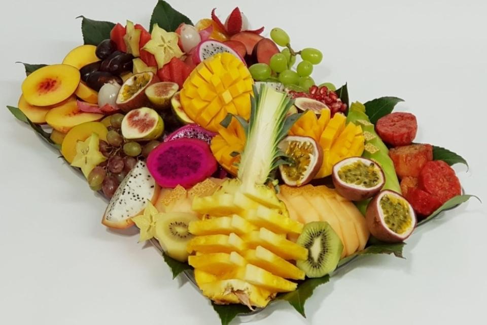 מגש פירות המניב