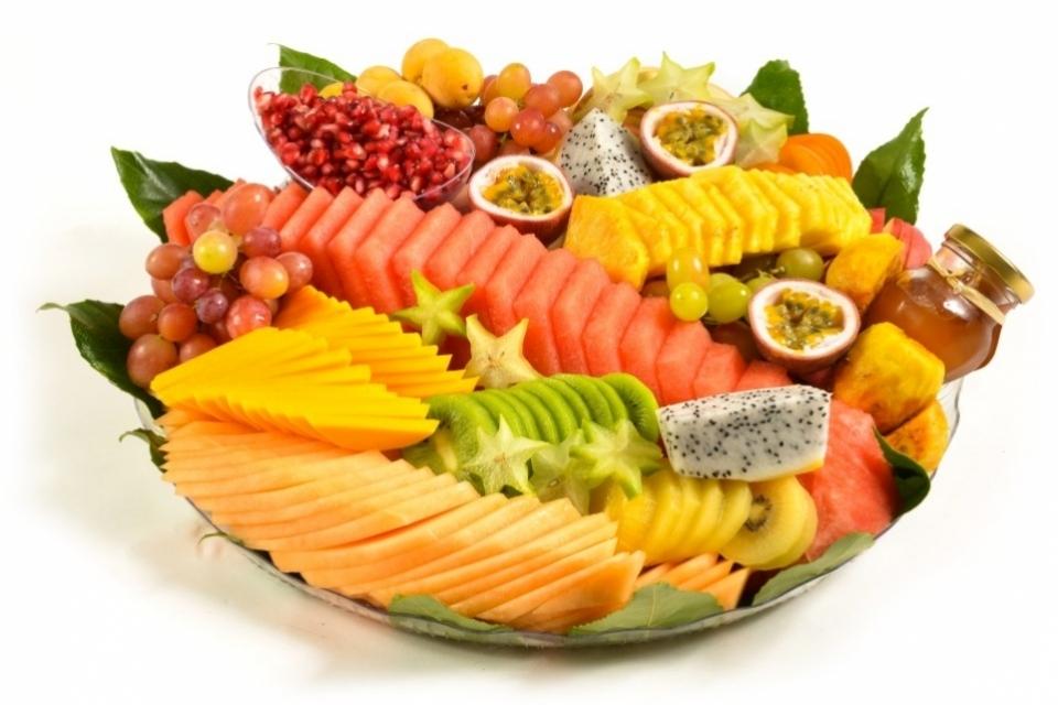 מגש פירות ענק לערב החג